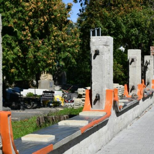 Ogrodzenie Cmentarza Wojskowego będzie jak nowe